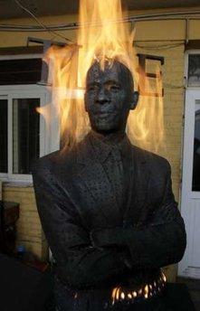 """""""Burning Man Obama"""" by Liu Bolin"""